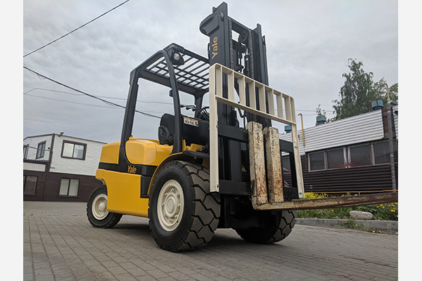 Вилочный погрузчик 5 тонн Yale GDP50VX (2013 год)