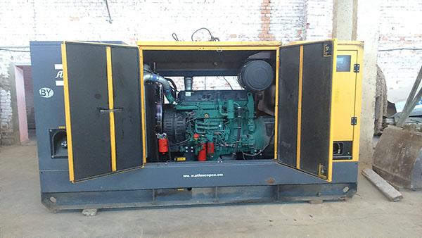 БУ Дизельный генератор Atlas Copco QAS 250 (200 кВт)