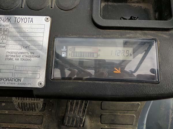 Дизельный погрузчик бу Toyota 62-8FD20