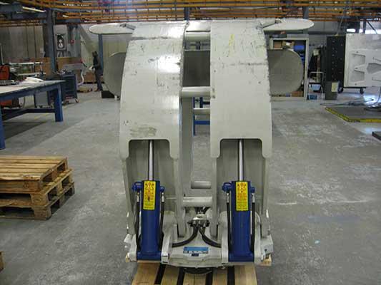 Рулонный захват (Paper Roll Clamps) 100F-RTF-4A-75235