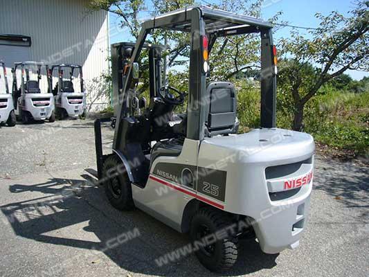 NISSAN-081108121A